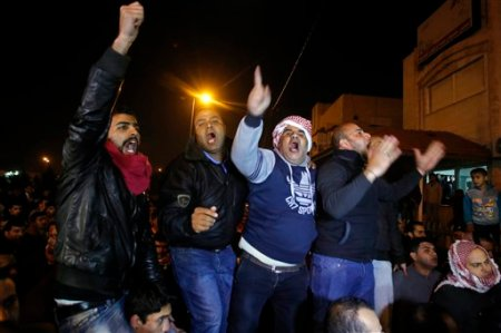 Jordanians react angrily after pilot killed by ISIS